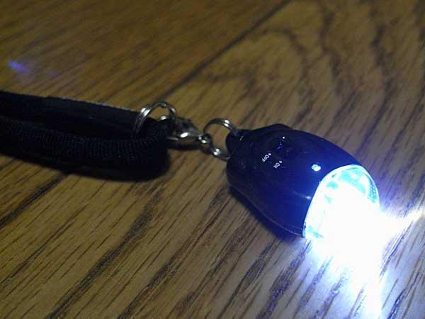 LEDライト付き携帯ストラップ